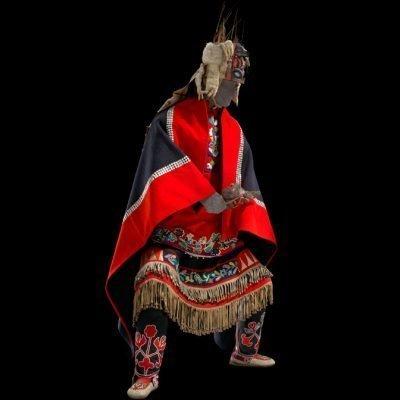 Photo of a mannequin dressed in Tlingit Ku.éex' Entrance Dance regalia