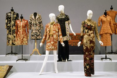 """Installation from the exhibition """"China Chic: East Meets West"""""""