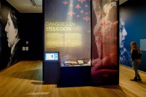 """Gallery view of the exhibition """"Mata Hari: The Myth and the Maiden"""" at the Museum of Friesland"""