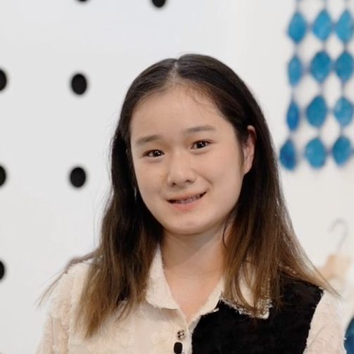 Michelle Guo Headshot