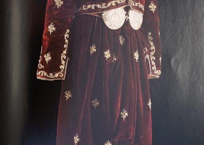 Şalvar and cepken, early 20th century, Materials: velvet, silver-gilt thread, Sadberk Hanım Museum, Büyükdere, Istanbul, SHM 2602-K.20 a,b.